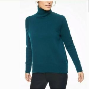Athleta Bedford Wool Cashmere Turtlneck Sweater M
